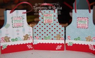 3 apron cards